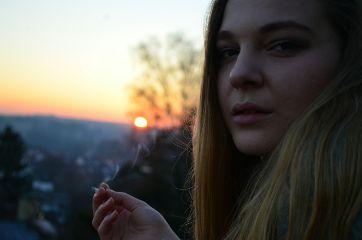 nofilter girl woman smoke portrait freetoedit